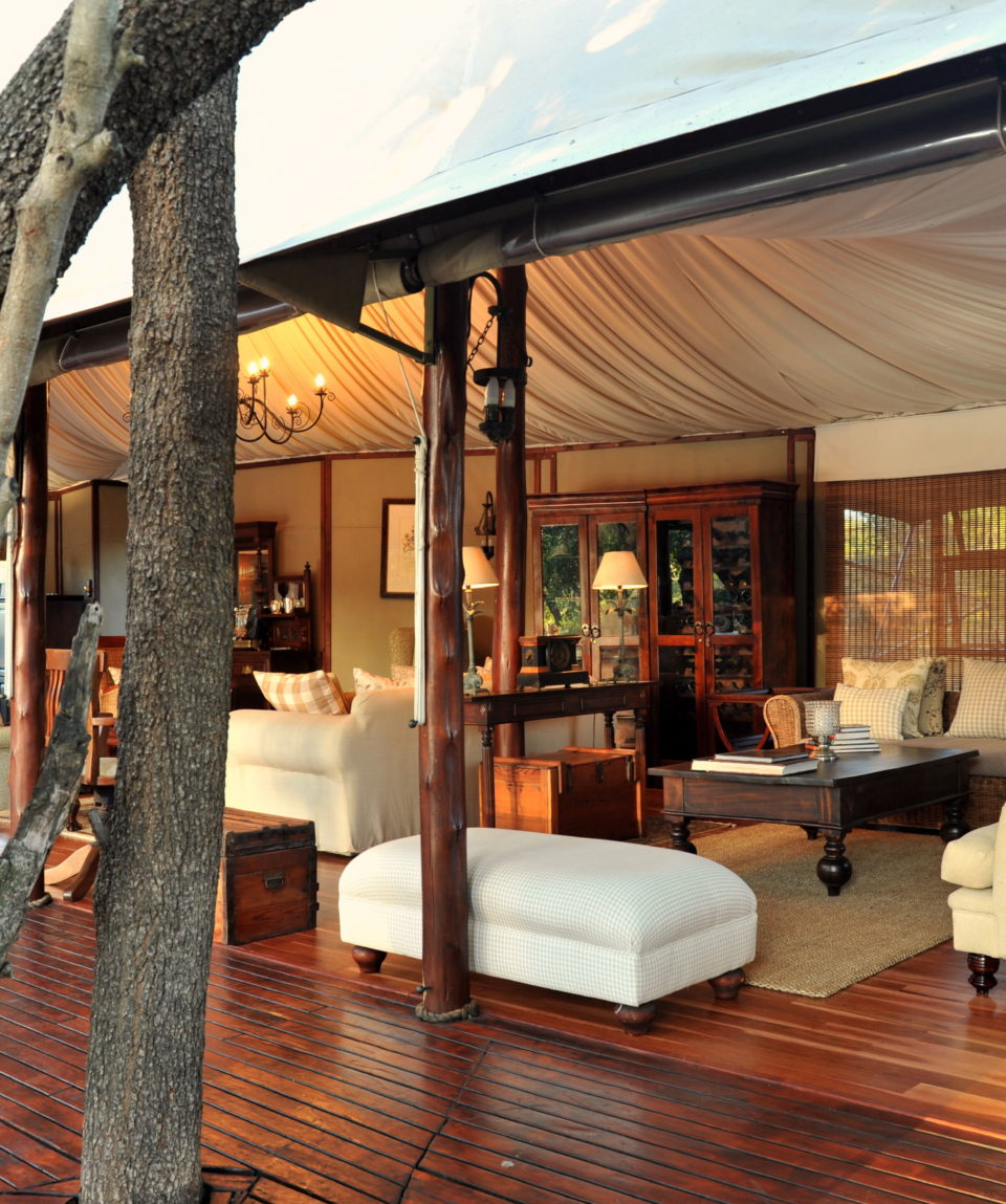 Hamiltons Tented Camp - Lounge Outside View
