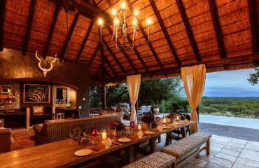 Khaya Ndlovu Manor House - Outdoor Dining Area, Bar & Lounge 3