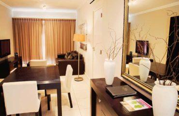 SUITE-room-206-lounge-area-1-bedroom-unit